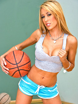 Big Tits In Sports Capri Cavalli img